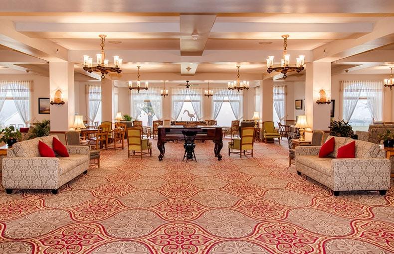 accueil-diffuseur-hotel-tadoussac