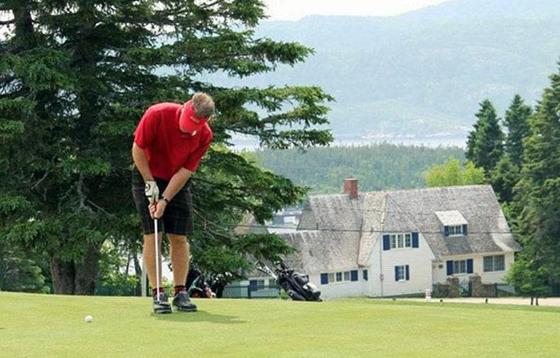 img-activites-golf-tadoussac